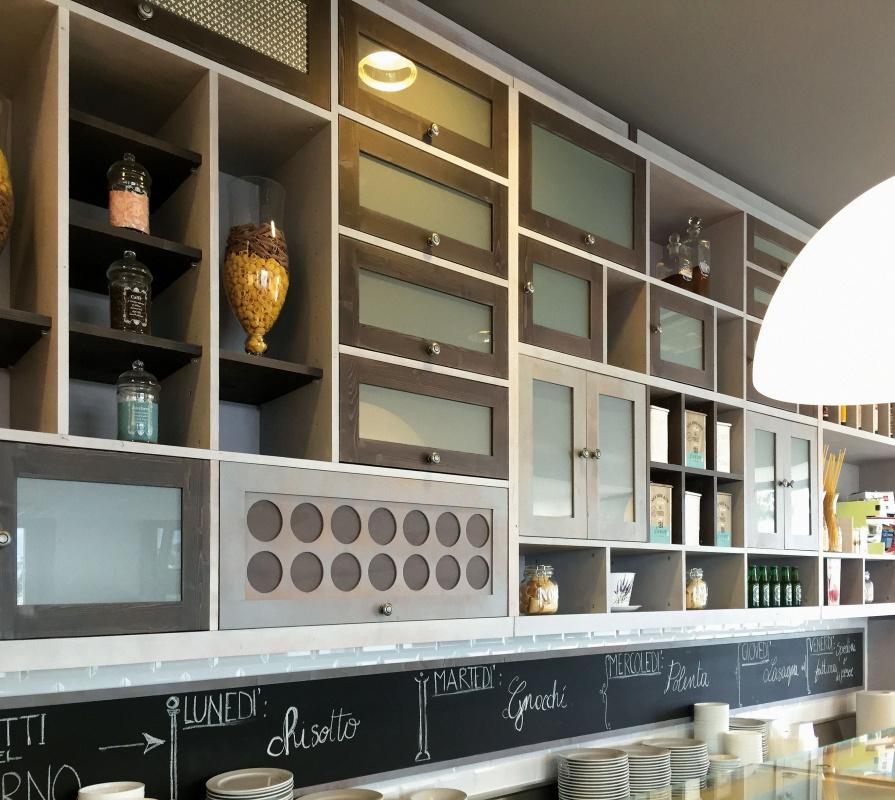 Perugia arredamento hotel ristoranti caffetterie for Tre erre arredamenti